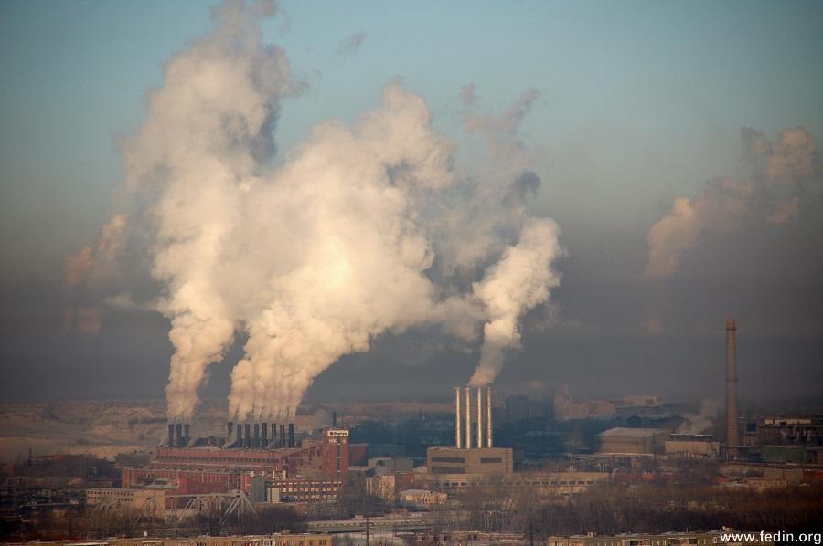 Челябинский электрометаллургический комбинат травит жителей города