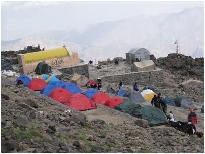 Демавенд, Палатки в лагере 3