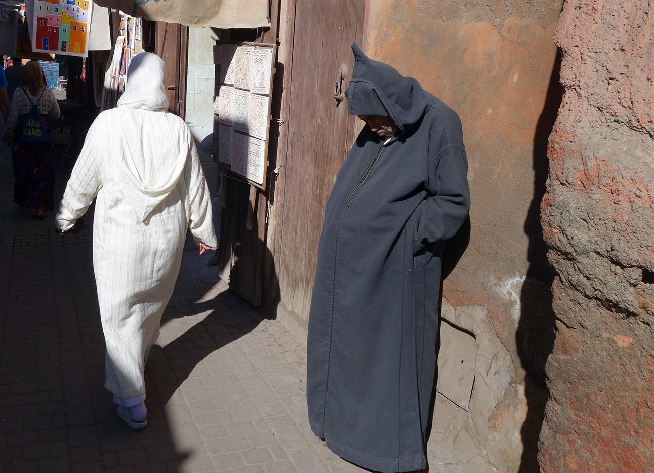 мужик в халате, марокко